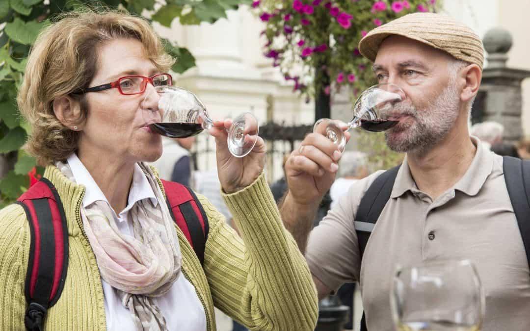 Resveratrol, Sirtuins, and NMN: Is David Sinclair Reversing Aging?