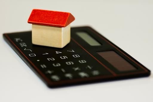 Seniors Reduce Financial Stress 2