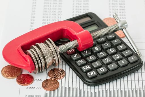 Seniors Reduce Financial Stress